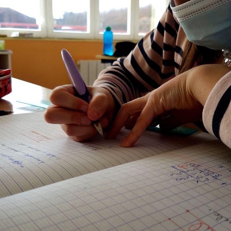 Ecole de Chambon sur Voueize - recherche un emploi service civique - (pour les 18-25 ans)